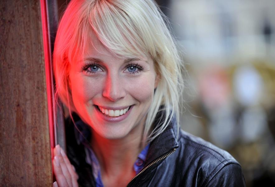 Alexandra Alphenaar, Actrice. Klant: Noord-Hollands Dagblad