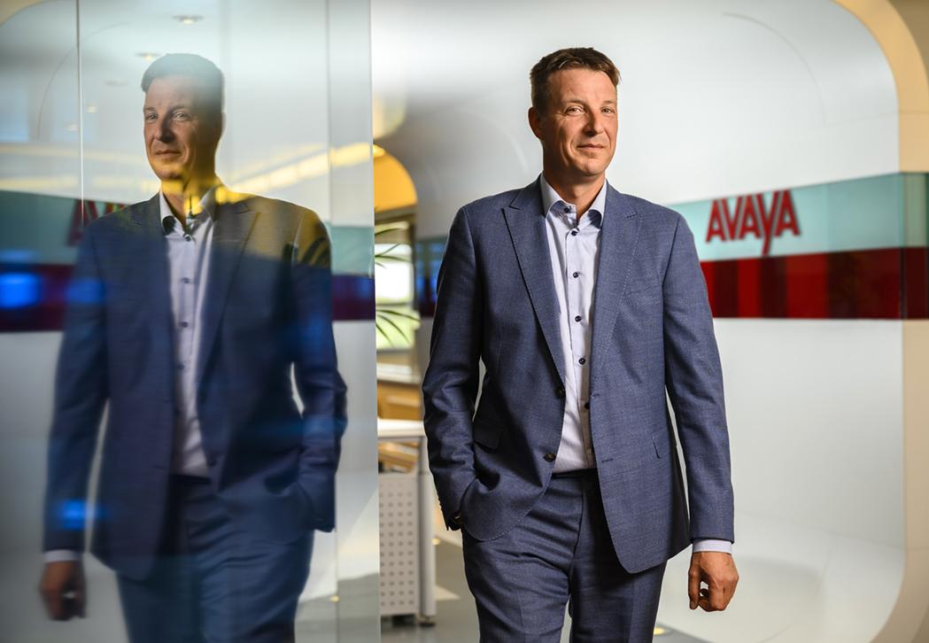 Avaya Nederland, Directie. klant Axicom